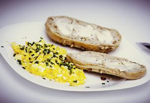 Vejce pečené na chlebu